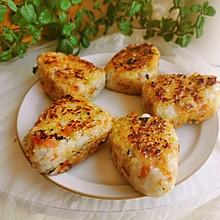 #我们约饭吧#西兰花培根芝士烧饭团
