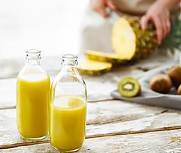 娇阳|菠萝猕猴桃汁的做法