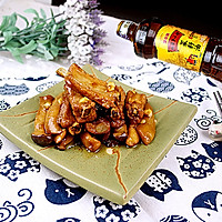 蒜香鸡腿菇焖排骨#金龙鱼外婆乡小榨菜籽油 最强家乡菜#