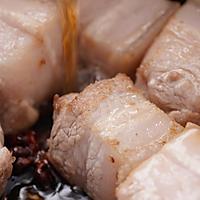 上海红烧肉:红烧肉加鸡蛋,上海人的吃法赞!的做法图解3
