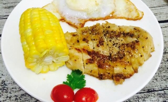 如何把鸡胸肉做嫩,快手早餐