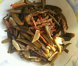 酸黄瓜炒肉丝的做法