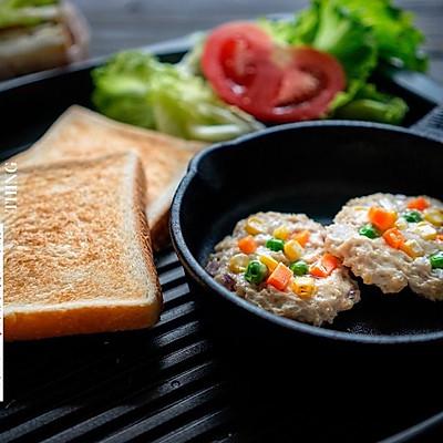 杂蔬鸡排三明治