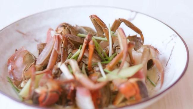 咸肉蒸蟹【南风咸肉蒸六月黄】的做法