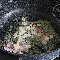 奶香蘑菇浓汤的做法图解5