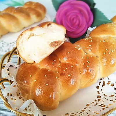 葡萄干麻花面包