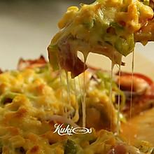 魁家的奢华巨无霸海陆披萨
