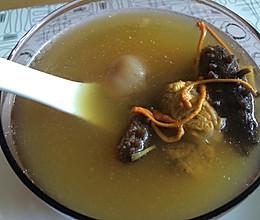 滋补海参汤的做法