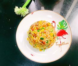 海胆虾仁叉烧肉炒饭的做法