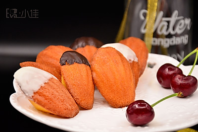 橙香玛德琳蛋糕