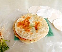 饺子皮葱花饼的做法