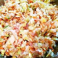 鲜美古早味  猪肉卷心菜干贝包子的做法图解8