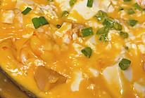网红咸蛋黄虾仁豆腐煲的做法