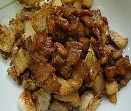 蒜头焖五花肉的做法