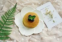 牛油果香蕉松饼#嘉宝笑容厨房#的做法