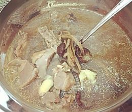 养心安神助眠鸽子汤的做法