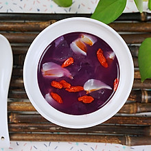 紫薯银耳莲子粥