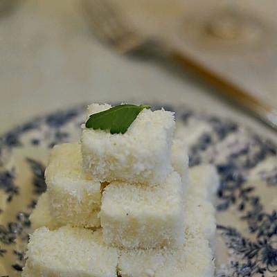 复刻85度C椰丝牛奶小方
