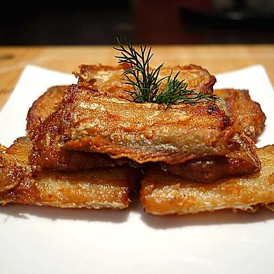 香酥带鱼(附青豆烧带鱼方法)