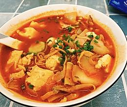 韩式五花肉泡菜豆腐汤的做法