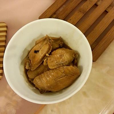 奥尔良煮鸡翅。图为甜面酱鸡翅。做法相同超简单