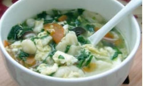 菠菜香菇疙瘩汤的做法