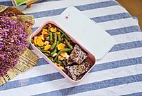 吃不胖快手还健康,凉拌豆角甘蓝饼沙拉#晒出你的团圆大餐#的做法