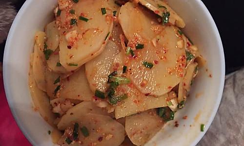 凉拌土豆片(重庆)的做法
