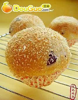 蔓越莓椰蓉面包的做法