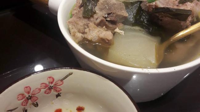 生酮饮食-海带排骨冬瓜汤的做法
