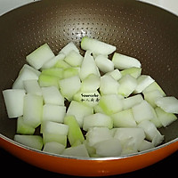 鸡胗滚冬瓜汤的做法图解4