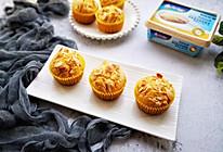 零失败的奶香马芬蛋糕#安佳黑科技易涂抹软黄油#的做法