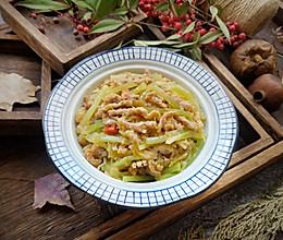 酸菜莴苣小炒肉酸鲜可口,有食欲#一道菜表白豆果美食#的做法