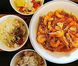 金针菇粉丝焖虾堡的做法
