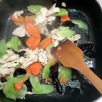 莴笋炒鸡肉片的做法图解5