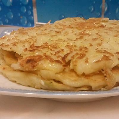 巧做剩饭之——香煎面条鸡蛋饼的做法 步骤6