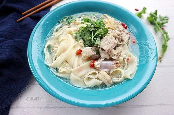 郑州羊肉烩面#蔚爱边吃边旅行#的做法