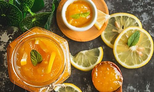菠萝果酱把菠萝留在罐子里的做法