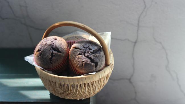 蜜桃黑米蛋糕的做法
