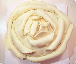 红丝绒白巧克力泥玫瑰蛋糕-送给自己的生日礼物的做法