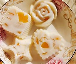 黄桃牛奶冻的做法