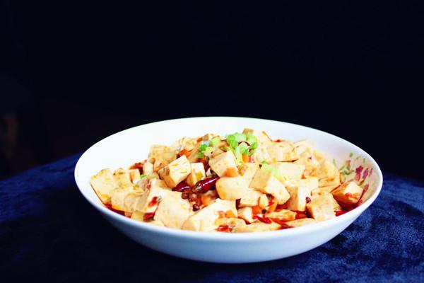 红红火火下饭菜——麻辣豆腐的做法