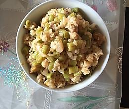 豆角肉末焖饭的做法