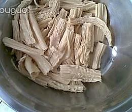 健康美味的凉拌腐竹的做法