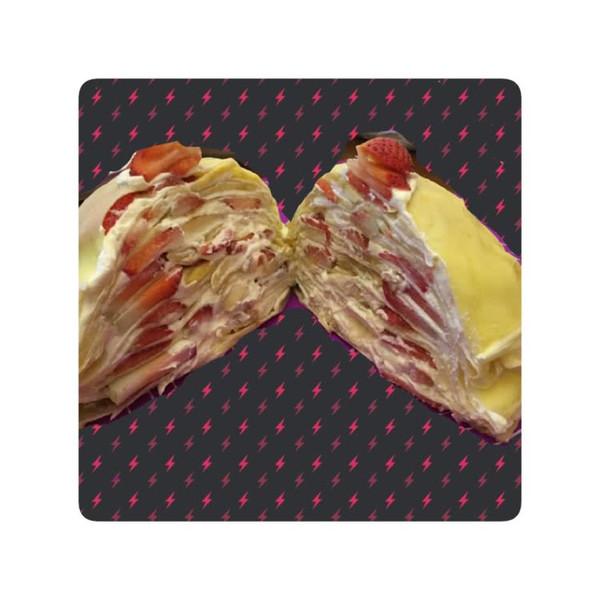 草莓香蕉双拼千层蛋糕的做法