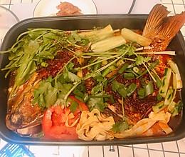 先烤箱后炖煮的烤鱼火锅的做法