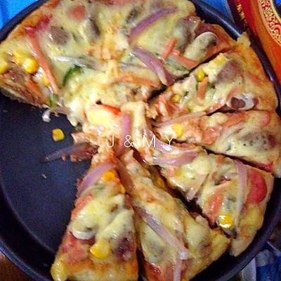 披萨(不用烤箱电饭煲也能做披萨)
