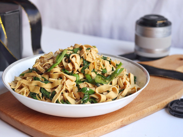 韭菜千张炒肉丝的做法
