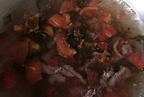 西红柿酸菜牛肉汤的做法
