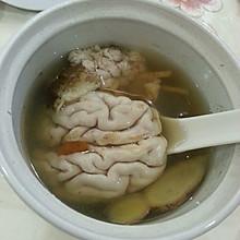 天麻炖猪脑